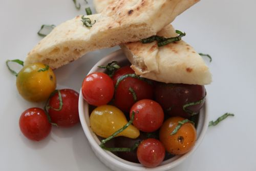 Post image for Mini Heirloom Tomato Salad with Truffle Oil Basil Vinaigrette