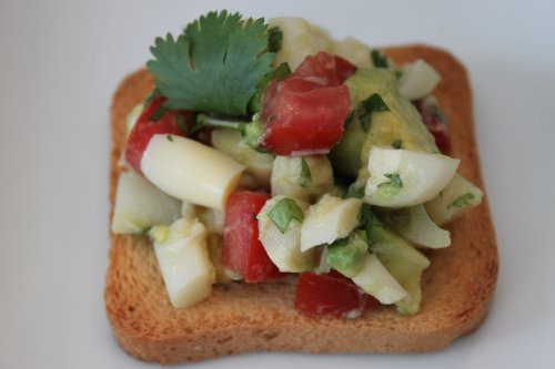 Post image for Heart of Palm & Avocado Salad