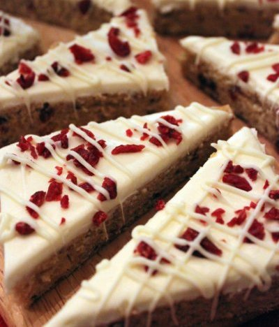 Homemade Starbucks-Style Cranberry Bliss Bars Recipe ...