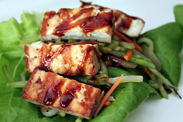 Post image for Grilled Tofu Lettuce Wrap