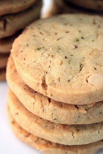 Post image for Rosemary Pine Nut Cookies