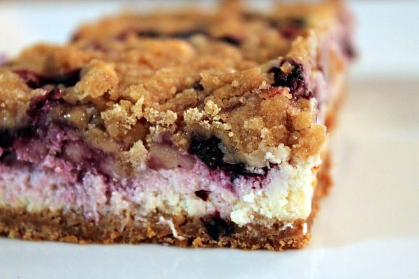 Blueberry Cheesecake Bars Blueberry.cheesecake.bars