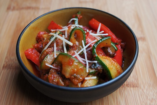 Post image for Sautéed Zucchini & Peppers in Tomato Sauce